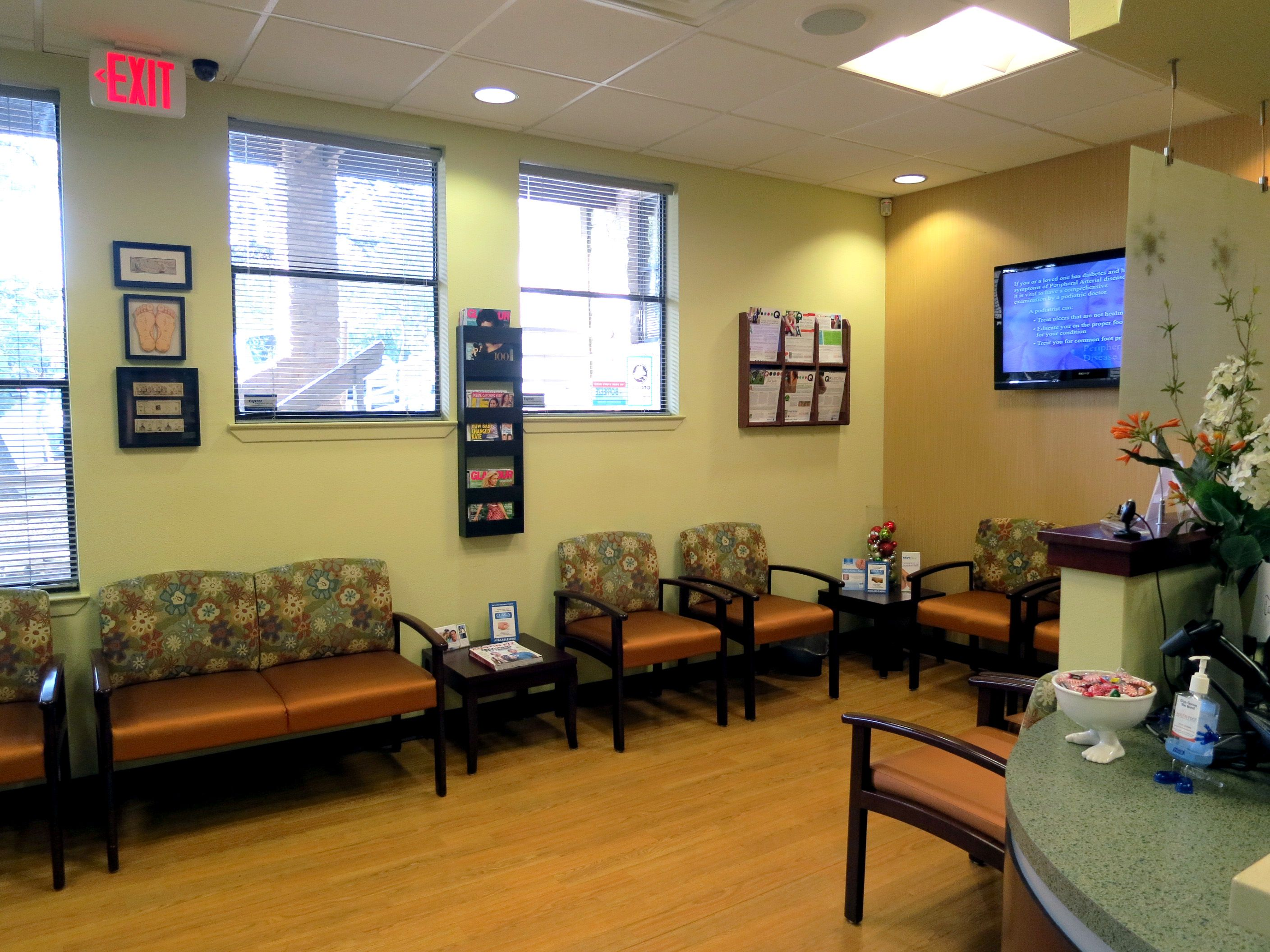 Waiting Room Austin Foot And Ankle Specialists