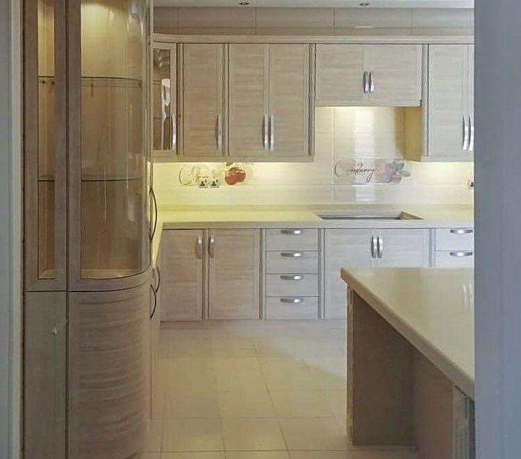 معرض صادق بومجداد للمطابخ On Instagram مطابخ مطابخ المنيوم مطابخ حديثة مطابخ ص Modern Kitchen Cabinet Design Kitchen Remodel Small Kitchen Cabinet Design