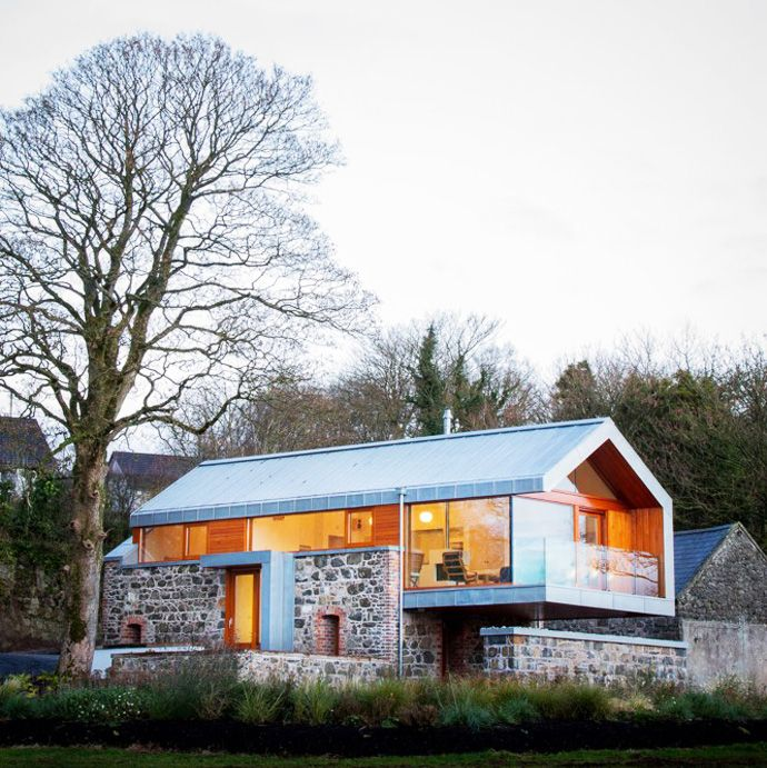 Stone And Glass Barn Contemporary Style For A Traditional Building