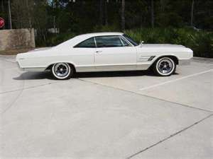 1965 Buick Wildcat Moms Car Growing Up We Used To Say Hit It Mom She Would Kick In All 4 Barrels Oh What A Feeling For Us Kid Buick Wildcat Buick Wild Cats