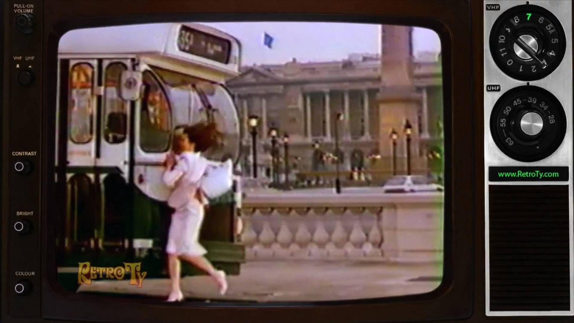 1986 - DIM Pantyhose - Beautiful Looks for Legs  9e7159c0fe0
