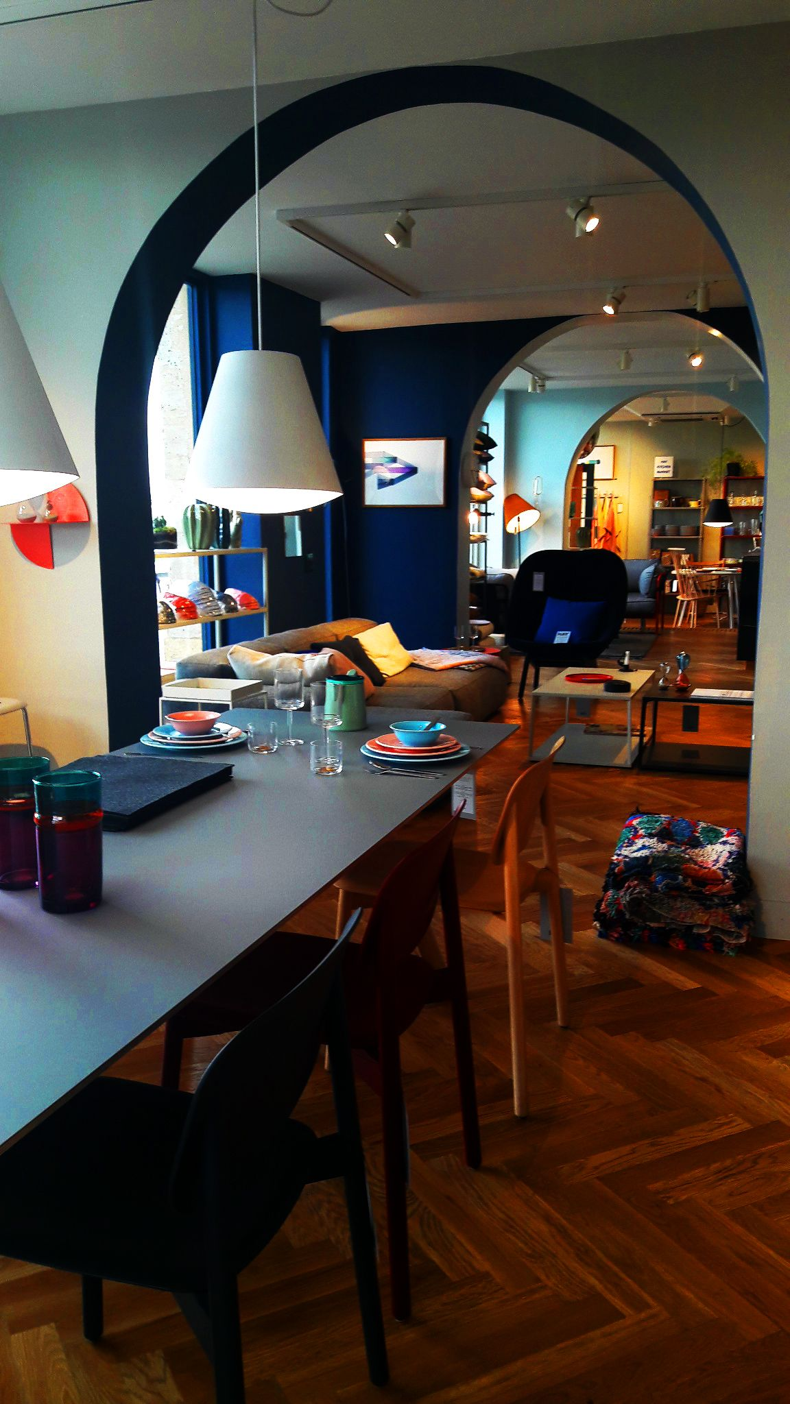 Besoin D Idees D Eco Hay Shop Bordeaux 1 Quai Richelieu 33000 Bordeaux Parquet B Amenagement Interieur Amenagement Maison Decoration Interieure Cuisine