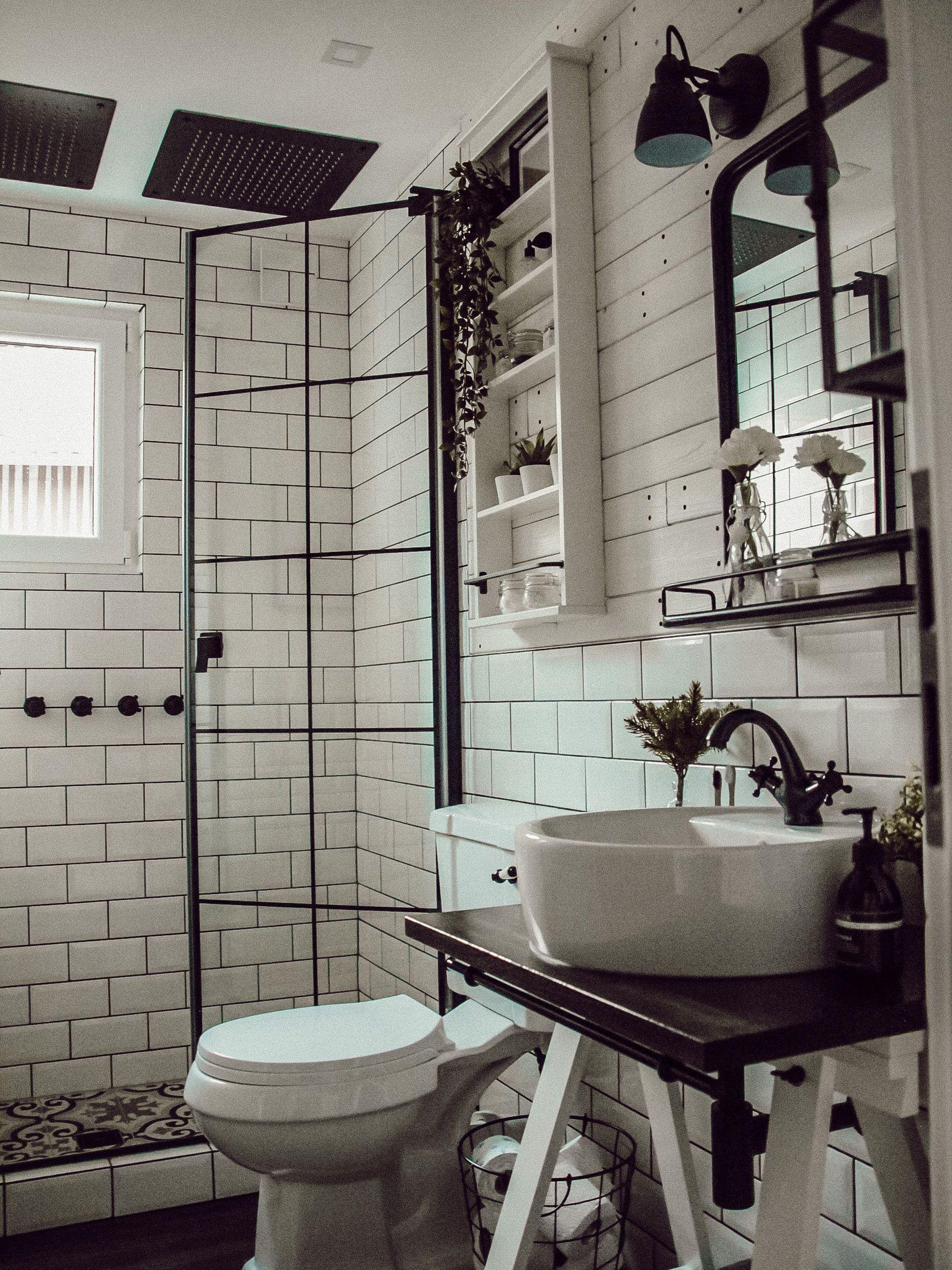 Bathroom Badezimmer Badezimmerideen Badezimmerdesign Industrial Industrialdesign Industrialdecor Inspiration Badezim In 2020 Badezimmer Mobel Badezimmer Design