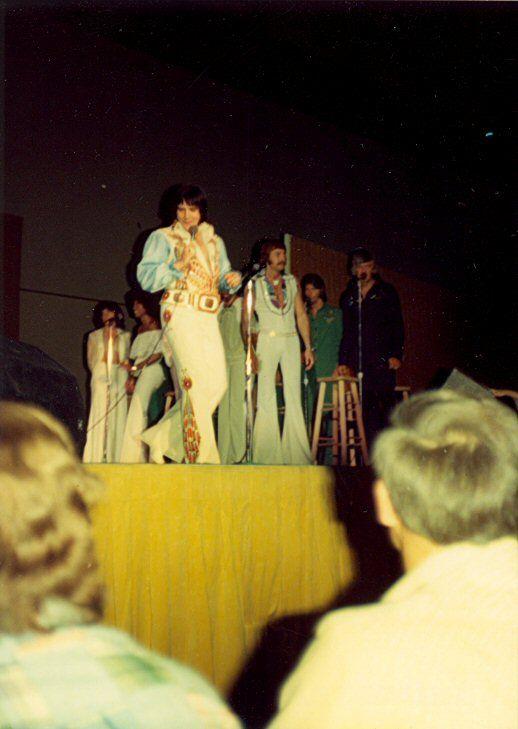 1976 6 01 20h30 au Centre communautaire Arena, Tucson, AZ