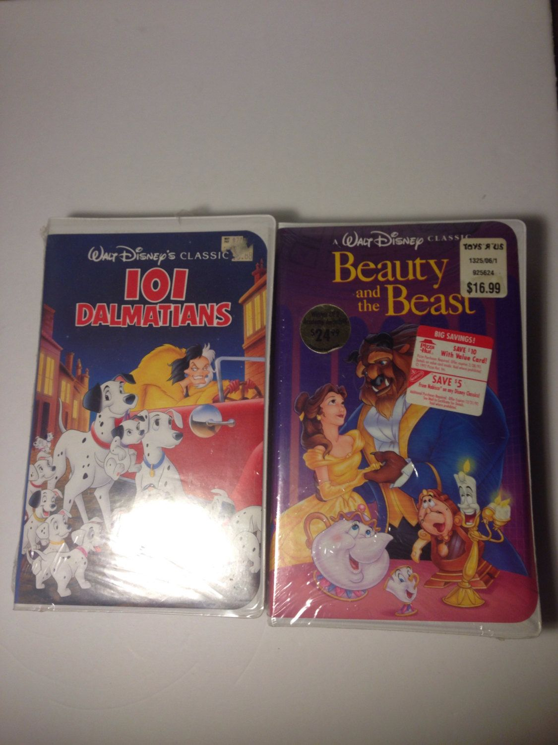 New Still Sealed In Package Rare Disney Black Diamond Classics Vhs Tapes Beauty And The Beast 101 Dalmatians Disney Disney Collectables Rare