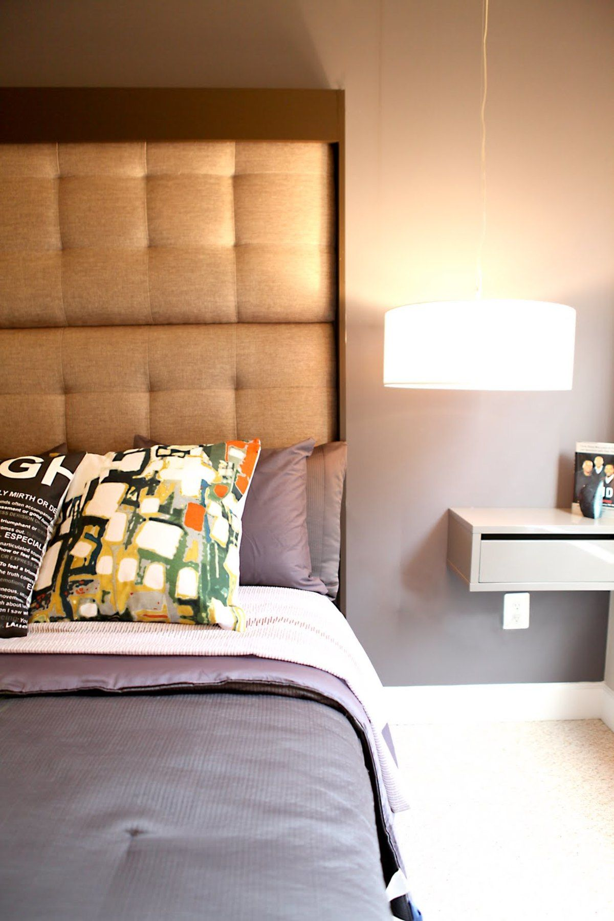 Accessories furniture awesome very small bedroom design - Very small bedroom ideas ...