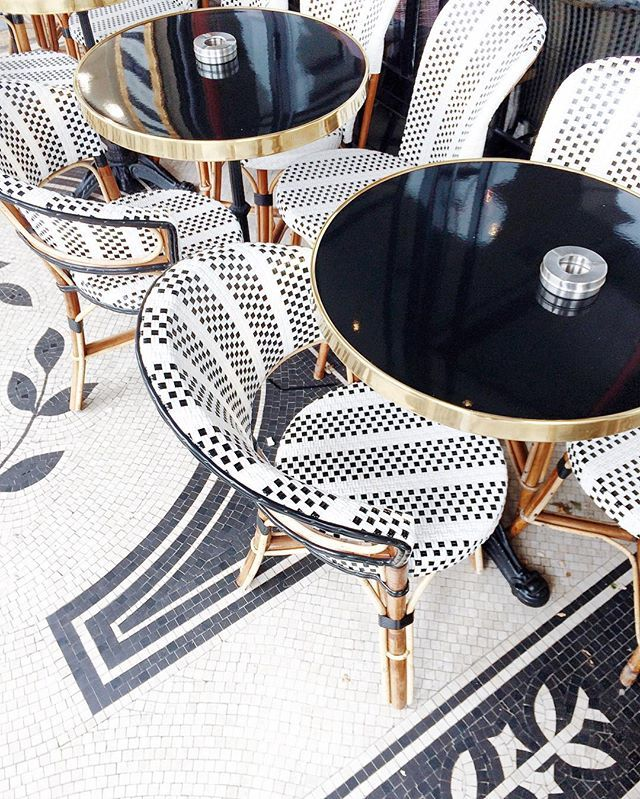 pingl par lab labstyle sur lab kitchen pinterest bistrot parisien parisien et paris. Black Bedroom Furniture Sets. Home Design Ideas