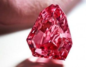 3 Reasons Pink Diamonds Are So Hot Right Now