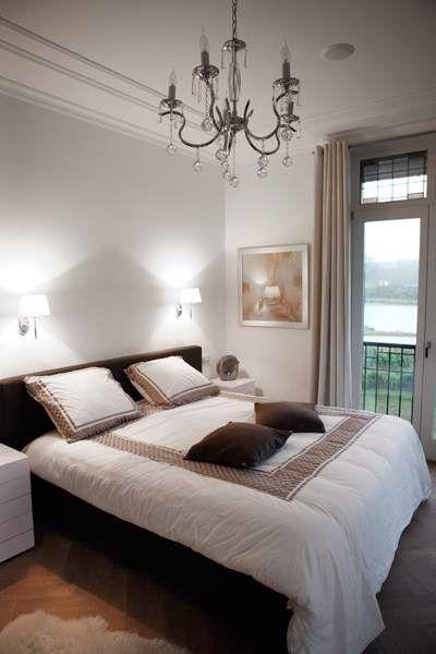 Slaapkamer in nieuwbouw landhuis in modernklassieke stijl