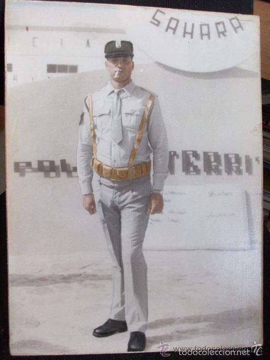 Policia Armada Foto De Agente De La Policia Territorial Del Sahara Epoca De Franco 30 X 40 Cm Cuerpo Nacional De Policia Policía Armada