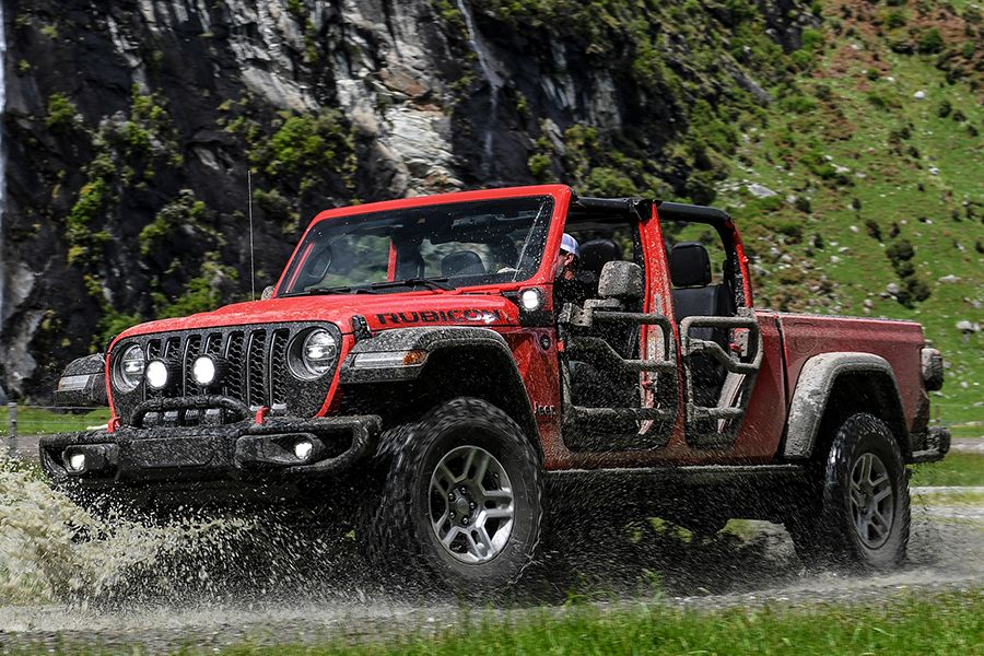 We Took The Jeep Gladiator On A Two Day Drive Through Nz In 2020 Jeep Gladiator Jeep Gladiator
