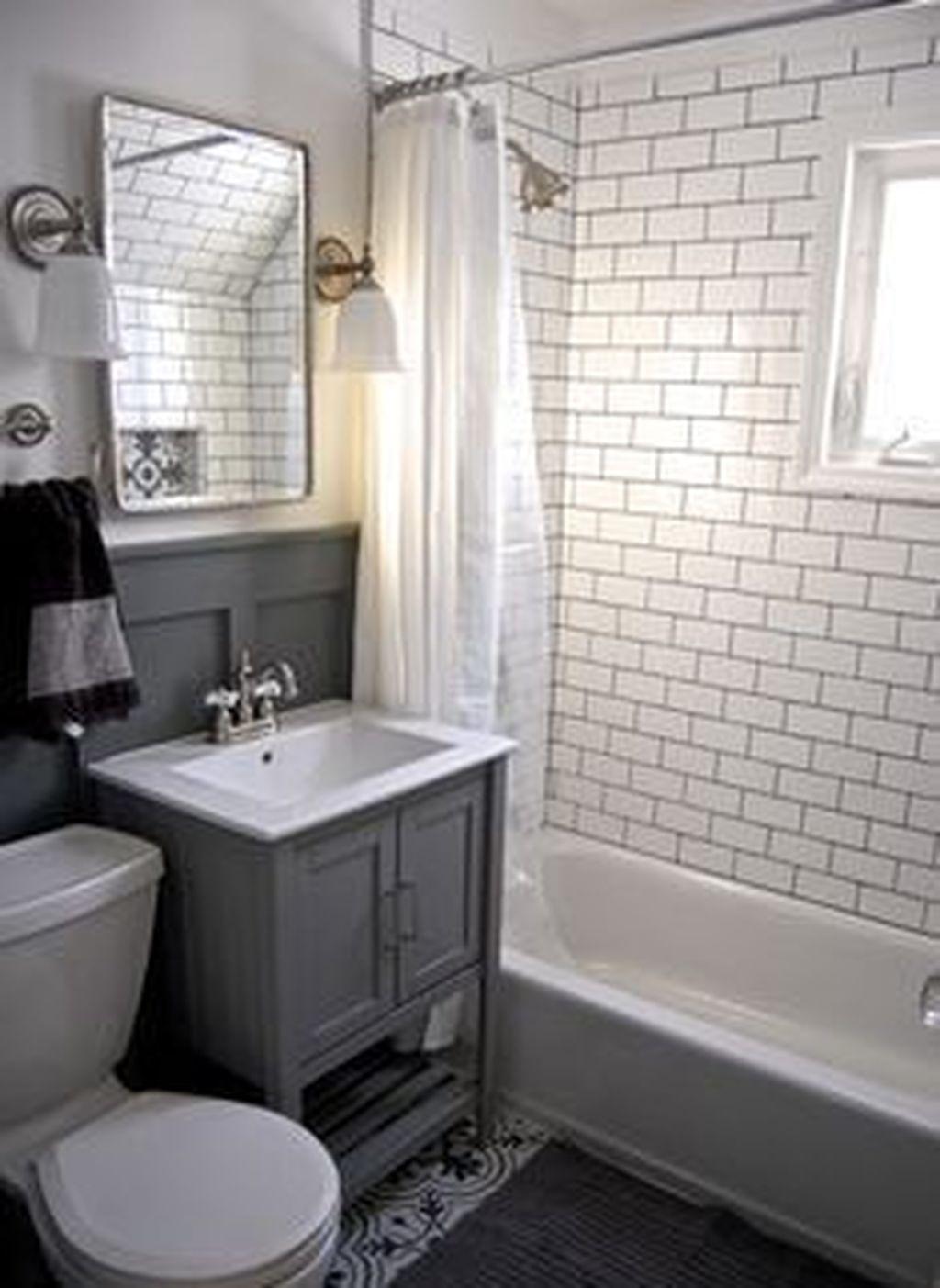 35 Stylish Small Bathroom Remodel Ideas On A Budget In 2020 Simple Bathroom Diy Bathroom Remodel Simple Bathroom Remodel