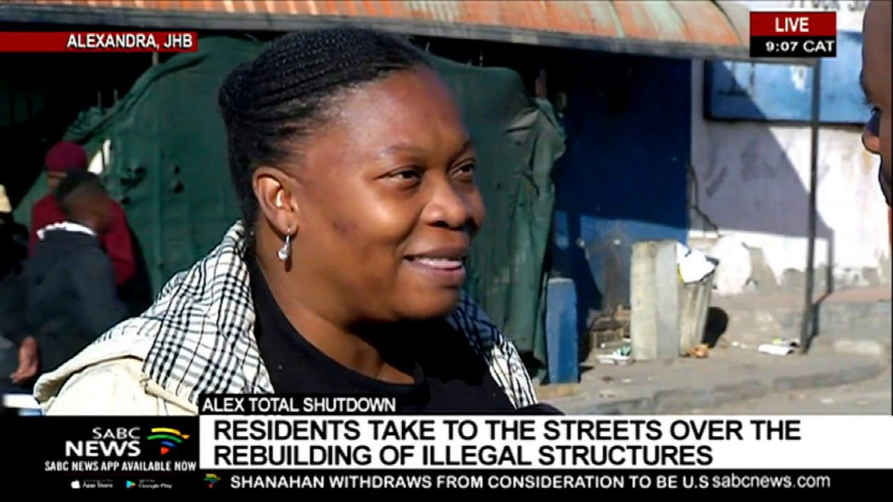 UPDATE Alex residents protest the rebuilding of illegal