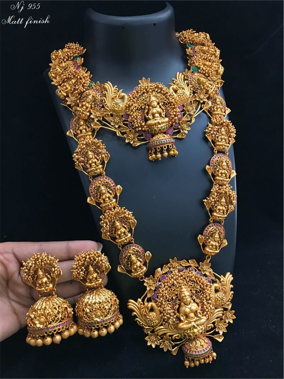d5ab29cd98 Temple jewellery set | jwellery in 2019 | Jewelry, Indian jewelry ...