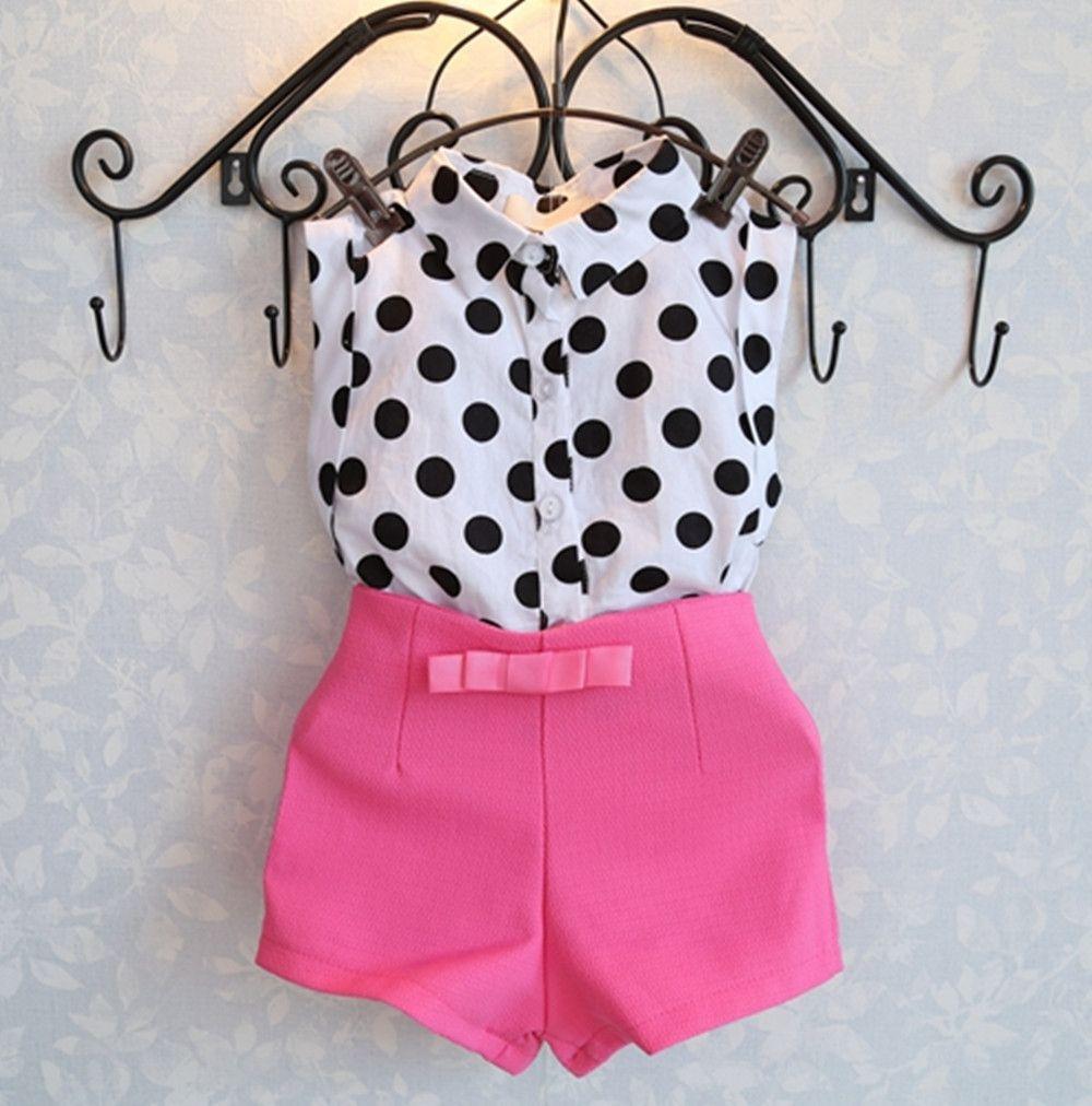 Encontrar Más Conjuntos de Ropa Información acerca de Nueva ropa del verano  fija la ropa del bebé de la capa de lunares rosa pantalones pantalones bebé  ropa ... 89fd82d60572