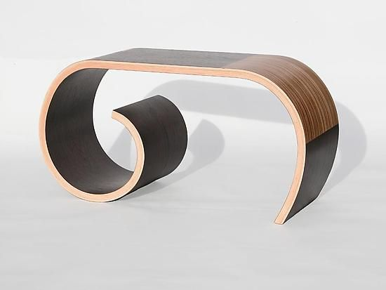 Toboggan Bench by Kino Guérin.