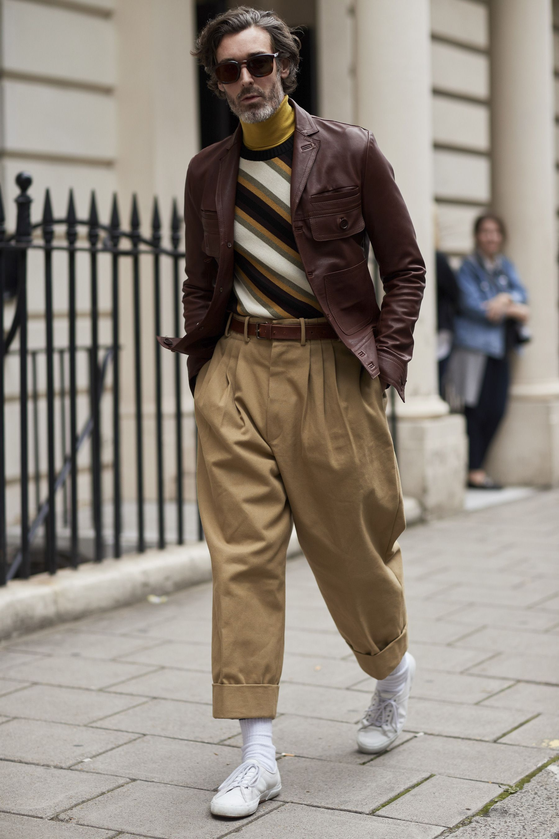 5570065225d London Fashion Week Street Style Spring 2018 Day 1 Cont   MEN'S ...