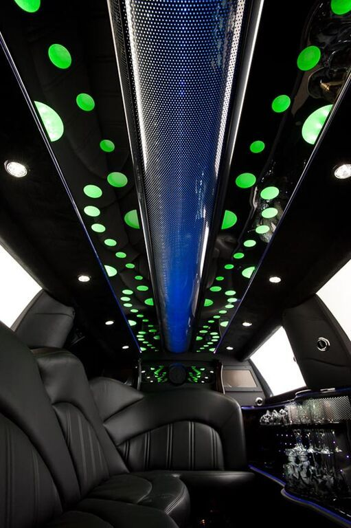 Look At That Beautiful Evolution Style Ceiling In A 2016 Lincoln Mkt Stretch Limousine Built By Executive Coach Builders