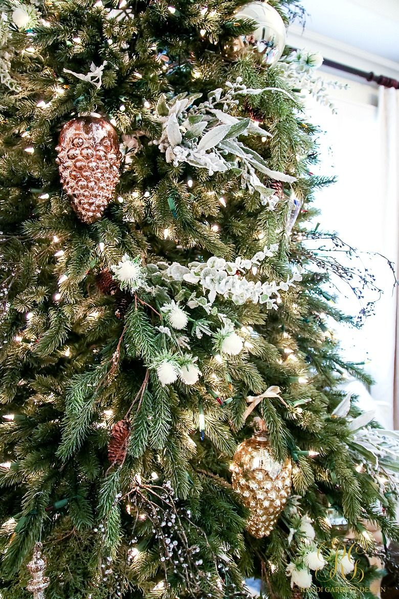 Tips For Trimming Your Christmas Tree Like A Pro Randi Garrett Design Christmas Tree Indoor Christmas Decorations Christmas Centerpieces
