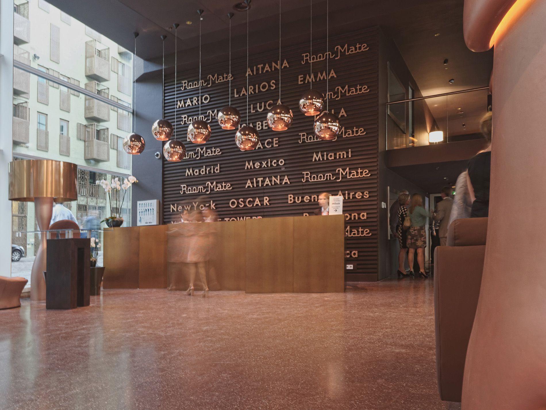 Hotel Aitana IJdock / Bakers Architecten + Ben Loerakker