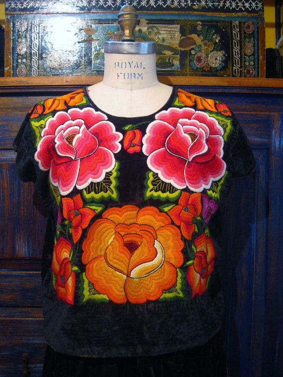 Vintage Tehuantepec Traje Huipil & Skirt Frida Kahlo Dress ...