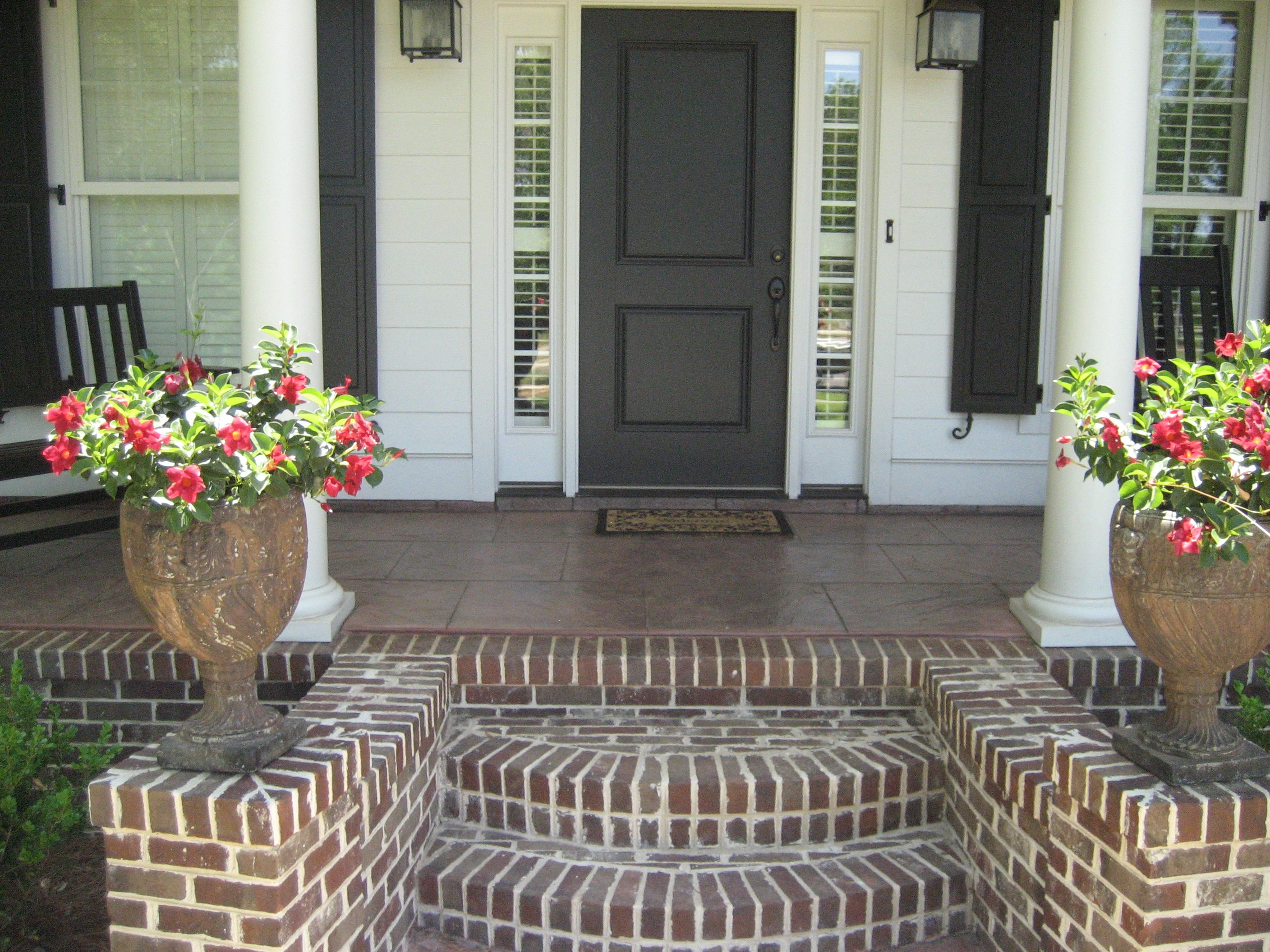 Love the fan out styling of this front porch steps and for Brick steps design ideas