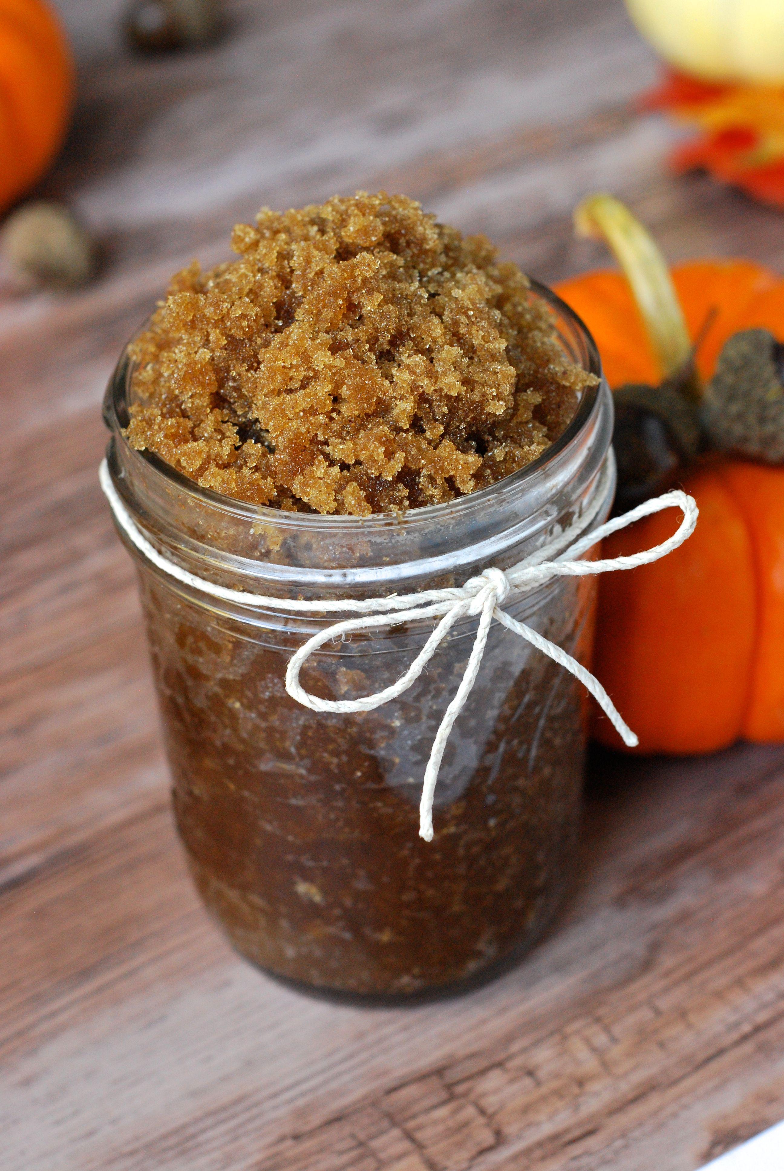 How_to_make_your_own_sugar_scrub pumpkin spice diy bath