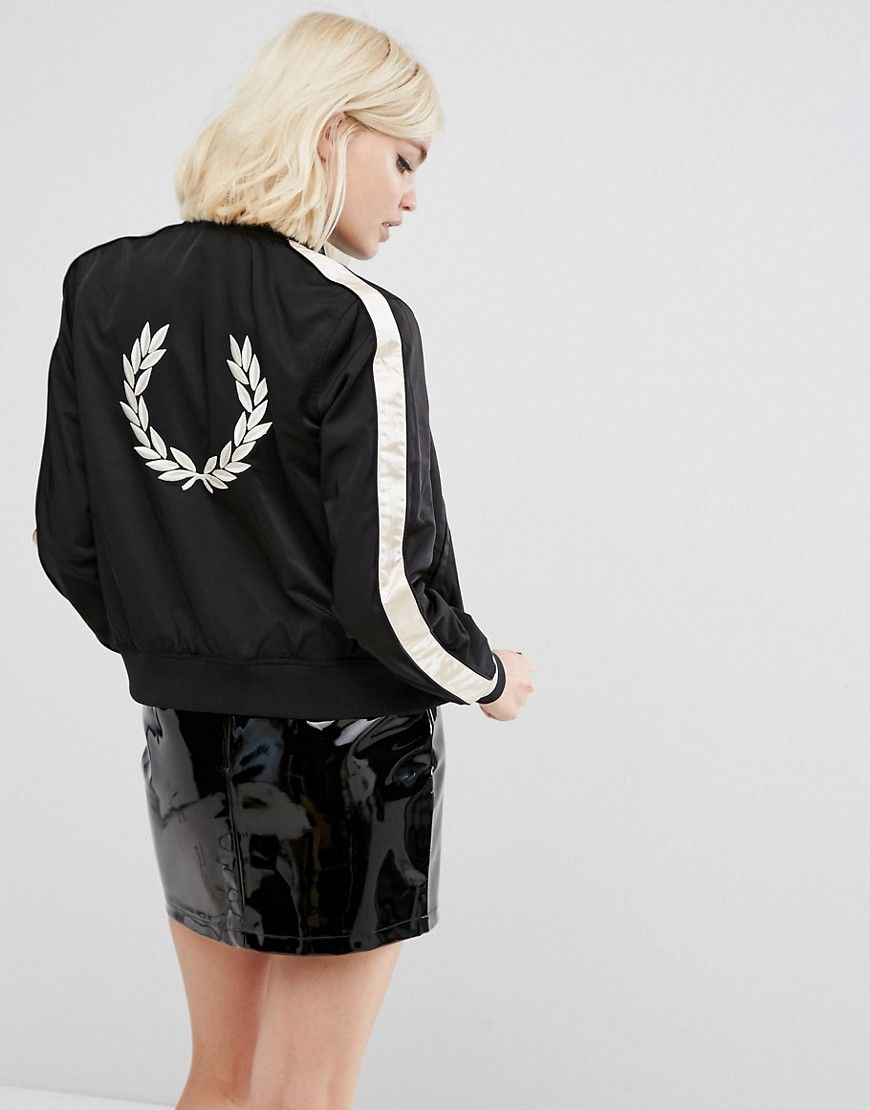 FRED PERRY EMBROIDERED JACKET WITH CONTRAST SLEEVE - BLACK.  fredperry   cloth   71b14b6f2d7