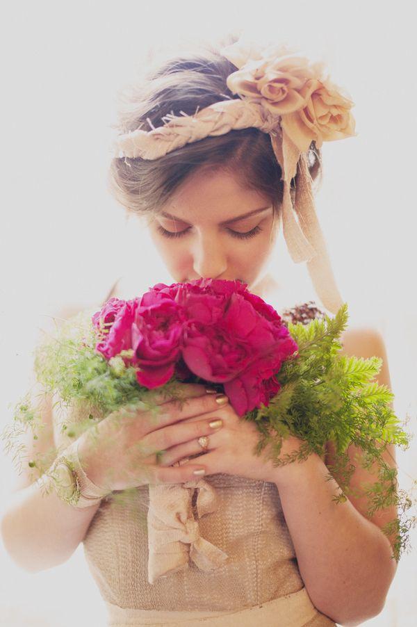 veilsandtales:  photographer: shannon grant via bride chic