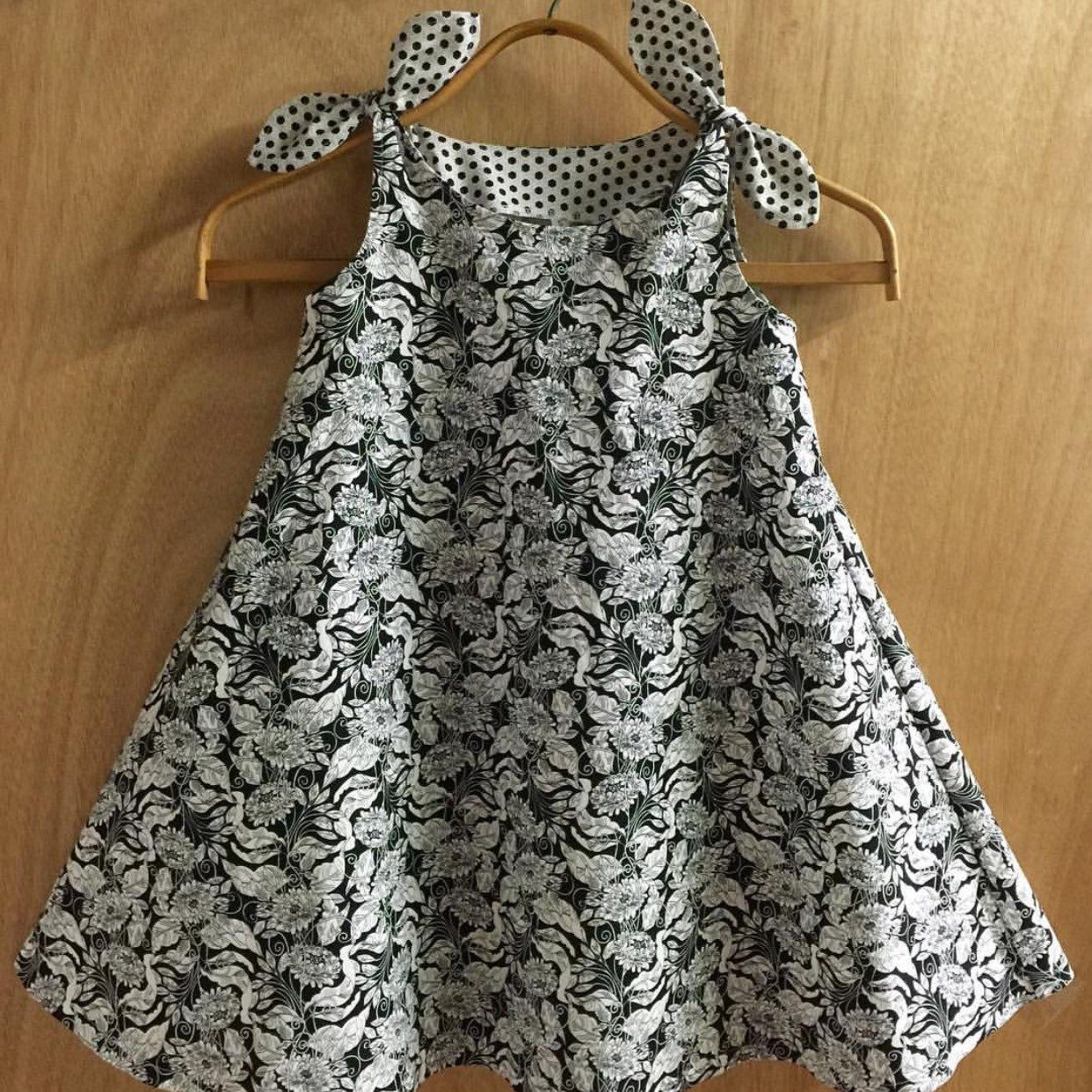 This Size 5t Dress Is Not Only Super Cute With Its Bell Shape Style And Shoulder Ties It S Also Girls Fashion Clothes Kids Dress Wear Baby Girl Dress Patterns [ 1242 x 1242 Pixel ]
