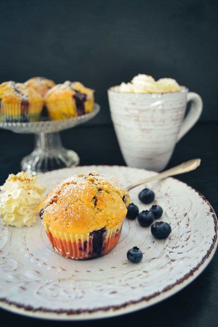 Buttermilch Muffins Rezept mit Blaubeeren   Rezept