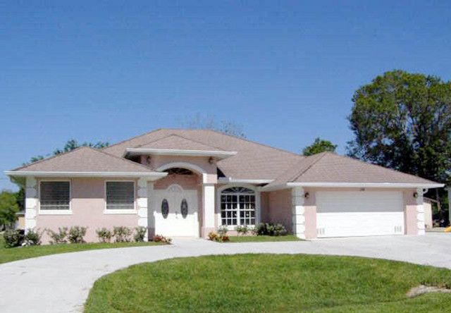 View Listing Details Photos And Virtual Tour Of The Home For Sale At 238 Mulberry Street S Fellsmere Fl At Homesandland Com Land For Sale Mulberry Street Renting A House