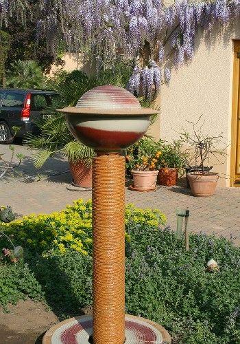 18 modèles de fontaines de jardin avec un design particulier