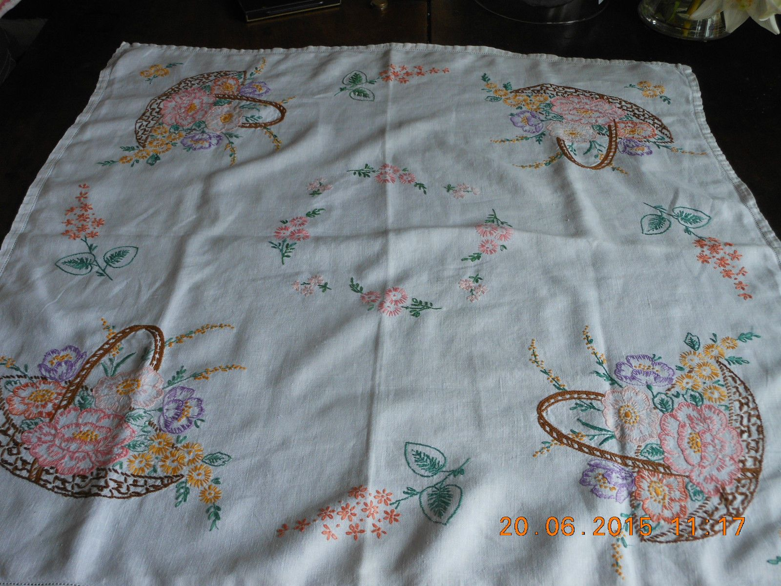 VINTAGE WHITE LINEN TABLECLOTH HAND EMBROIDERY BASKET PINK FLOWERS MIMOSA PICNIC | eBay