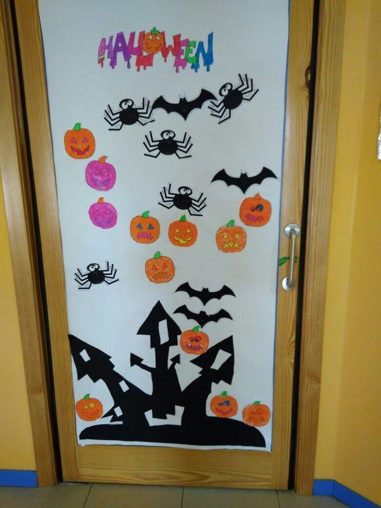 Puerta decorada halloween por ni os de 5 a os en mi cole for Puertas decoradas en halloween