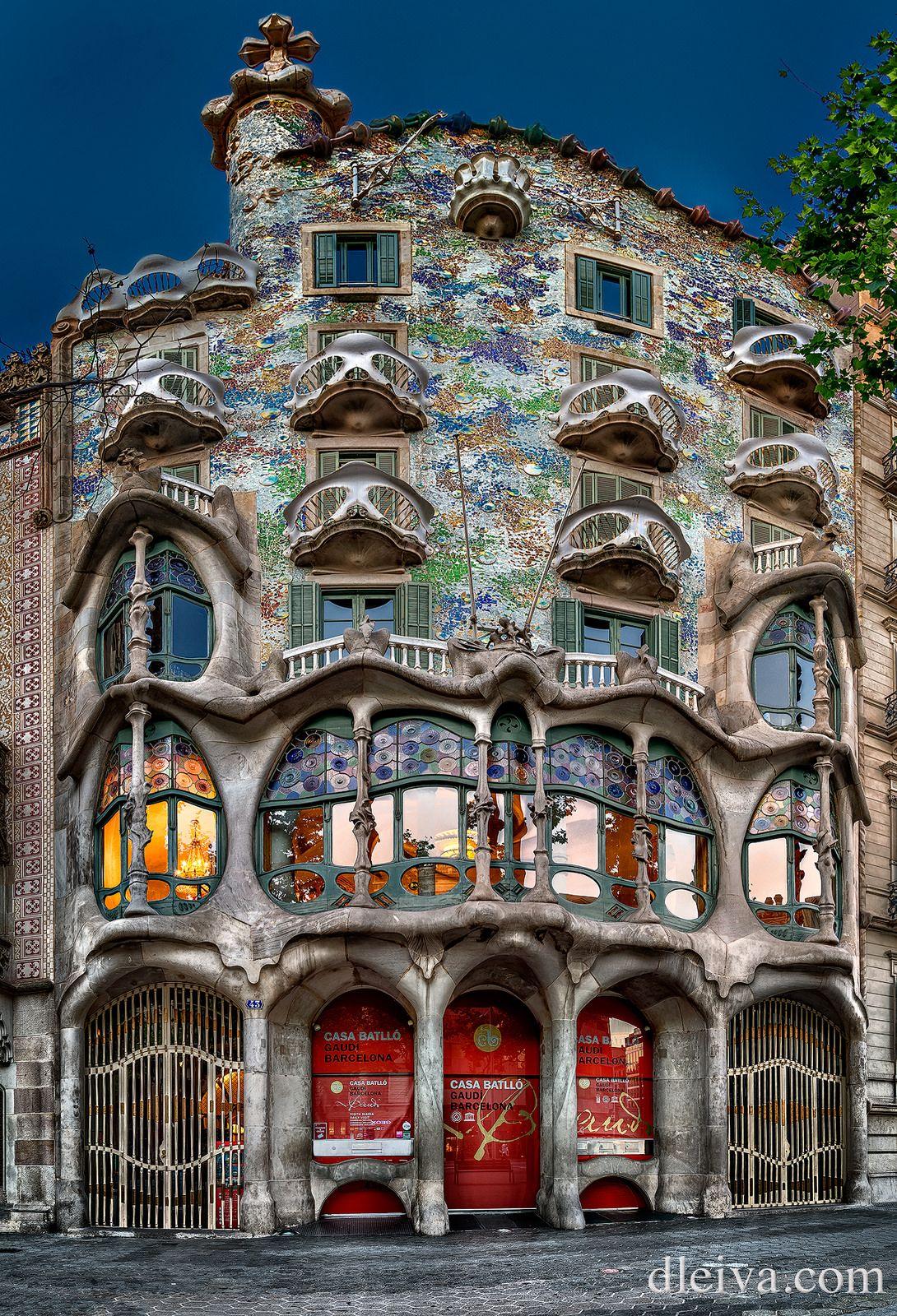 Casa Batllo en Barcelona Antoni Gaudi  PAESAGGI