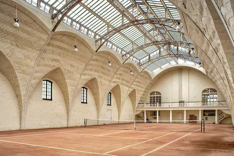 7 Chic Tennis Courts That You Will 'LOVE' Tennis court