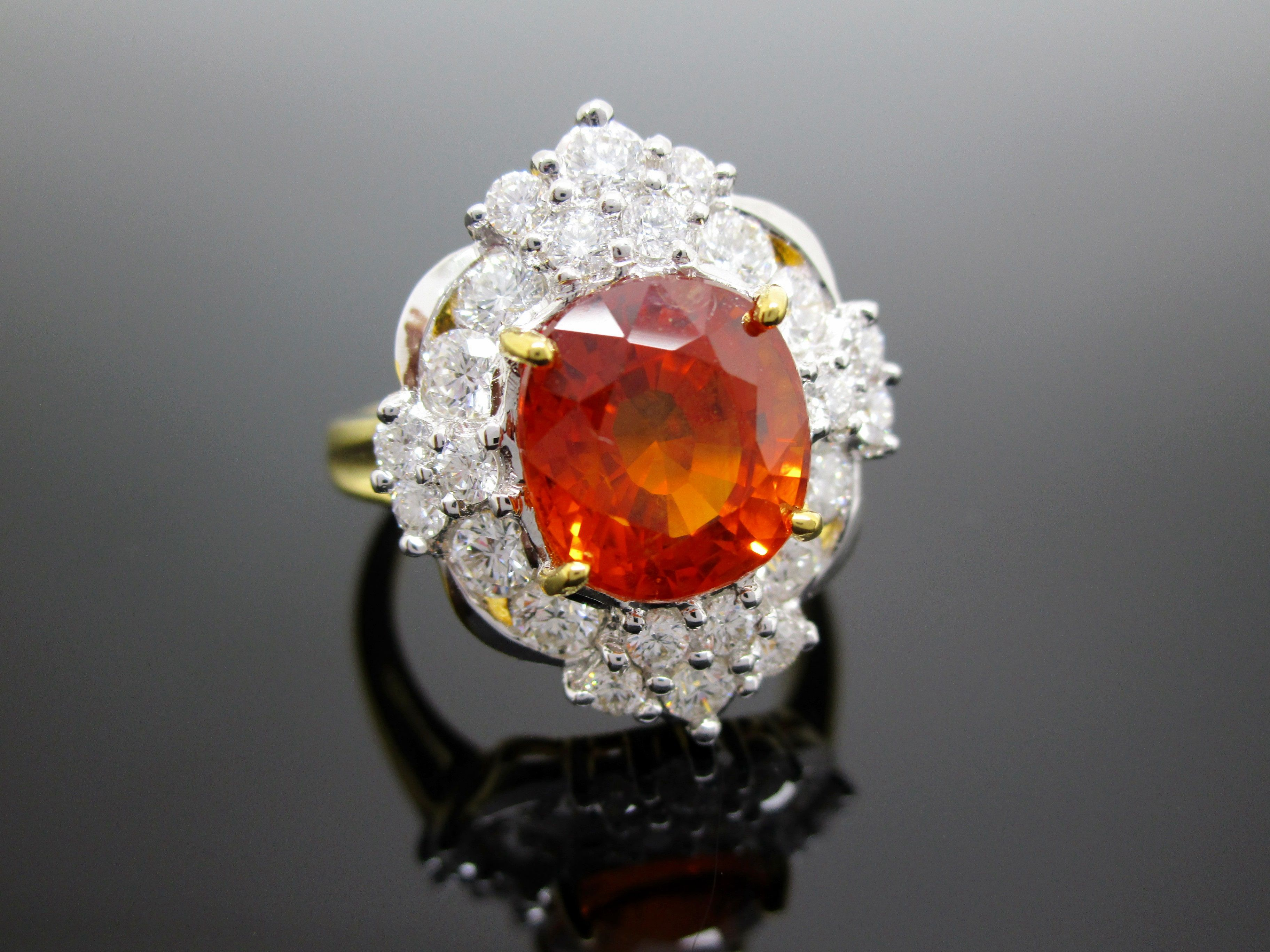 Dimond & Yellow Sapphire Ring