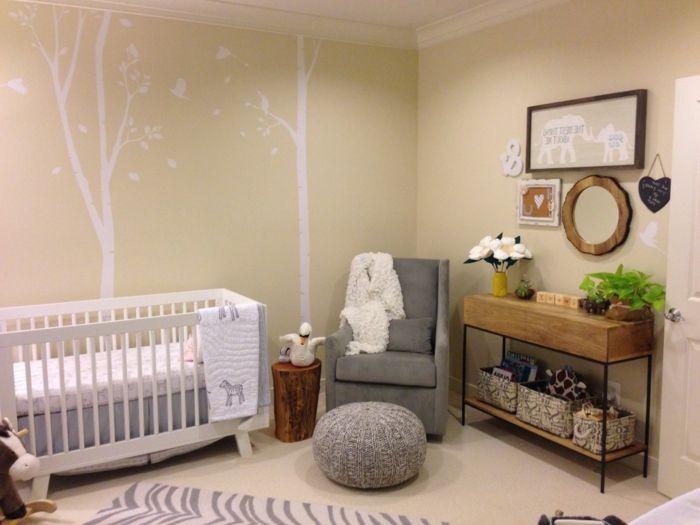 babyzimmer grau rosa ideen bäume weiß wanddeko hocker grau sessel ...