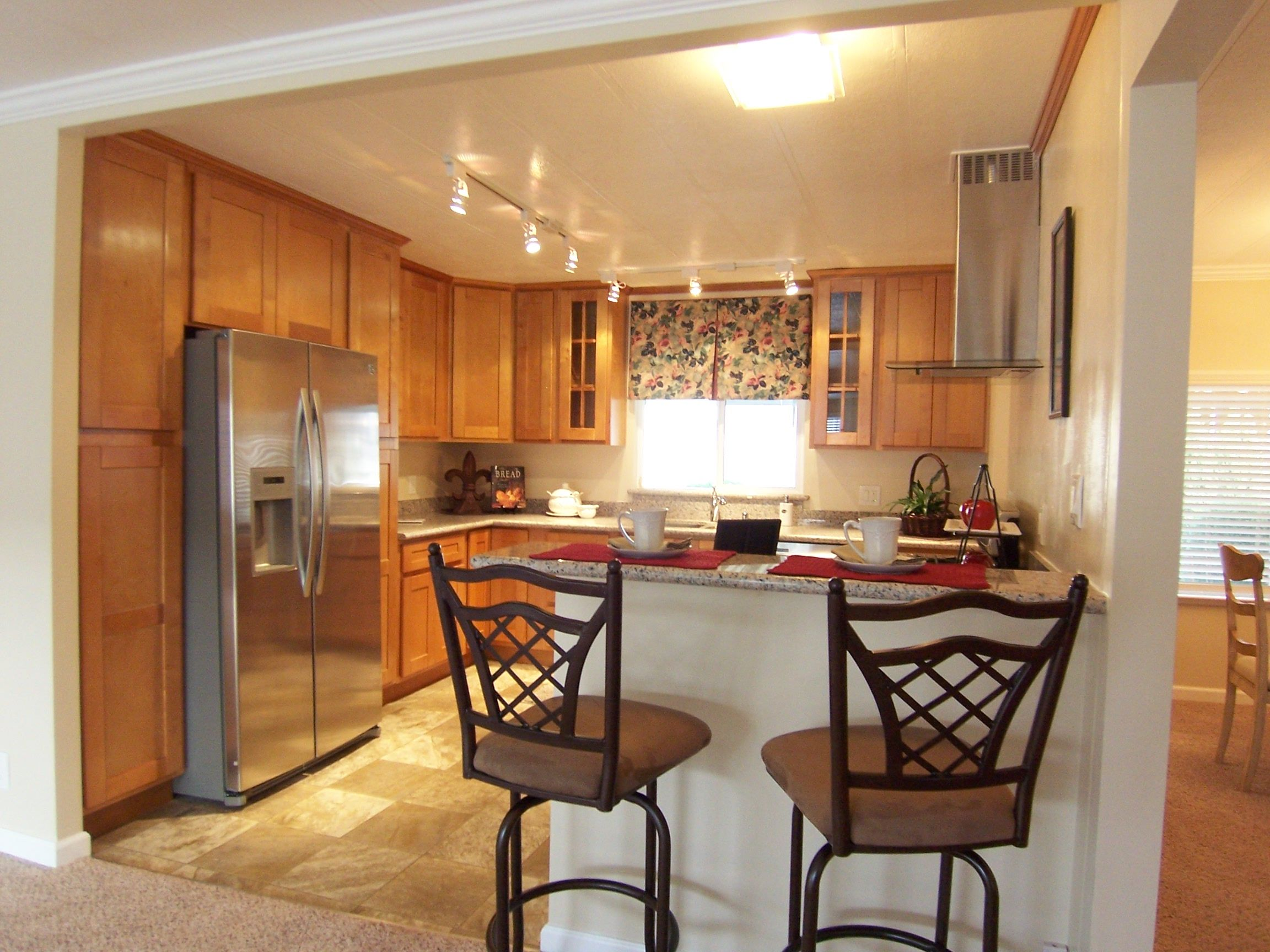 This Is Arm Homes Latest Rebuilt Manufactured Home The Kitchen Was Gutted Down To The Studs Then Sheetrocked New Cus Manufactured Home Custom Cabinets Home