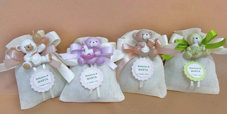 bomboniera battesimo sacchetto iuta con fiocco calamita orsetti+tag personalizzata di Festalandia su Etsy