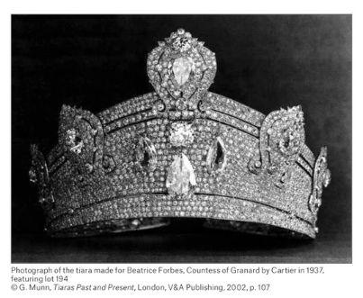 a #crowntiara
