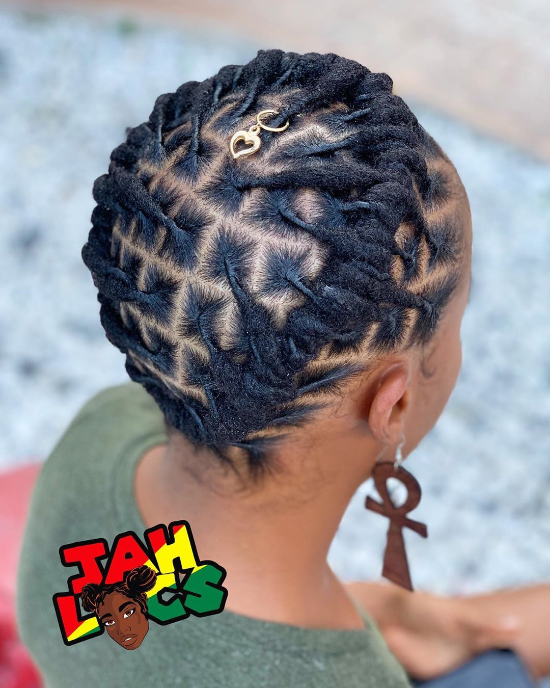 Wear Your Crown Queen I Know How It Is When You Re In Those Beginning Stages Of Your Loc Short Locs Hairstyles Locs Hairstyles Short Dreadlocks Styles