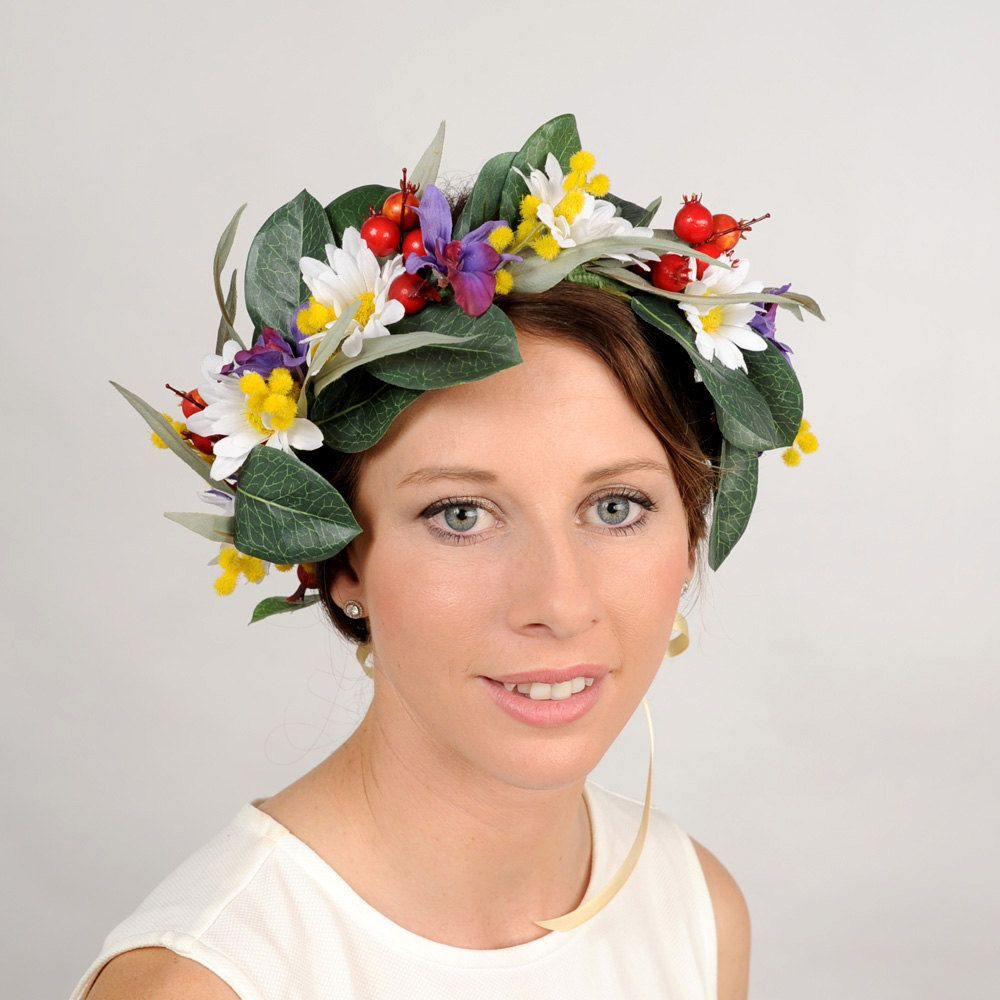 floral head piece - white daisies christmas berries yellow wattle