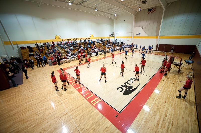 A Shot From Above During A Bulldog Volleyball Match In Big Rapids Ferris State University Michigan Sports Volleyball