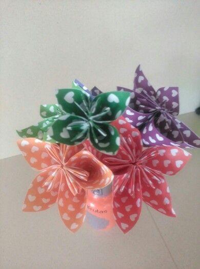 Origami flowers / flores origami