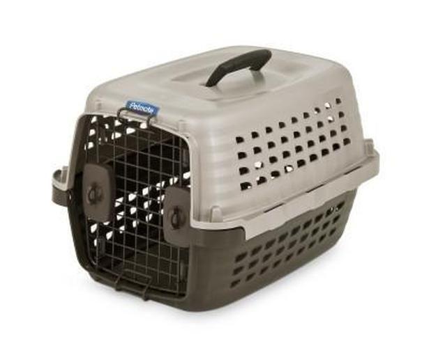Petmate Navigator Pet Kennel Pearl Tan Brown 19 Inch Pet Kennels Pet Mat Pet Crate