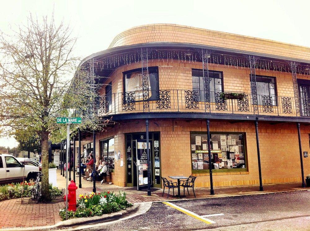 Charming Downtown Fairhope, Alabama | Hometown~Love