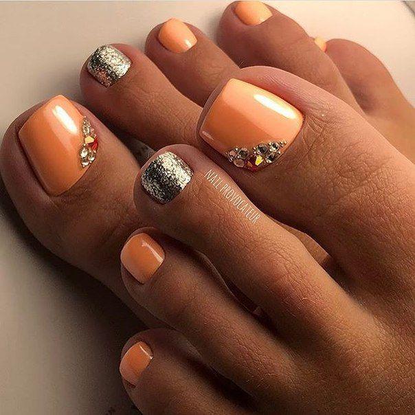 Pretty Toe Nail Art Design Idea Peach Nail Polish Gold Glitter