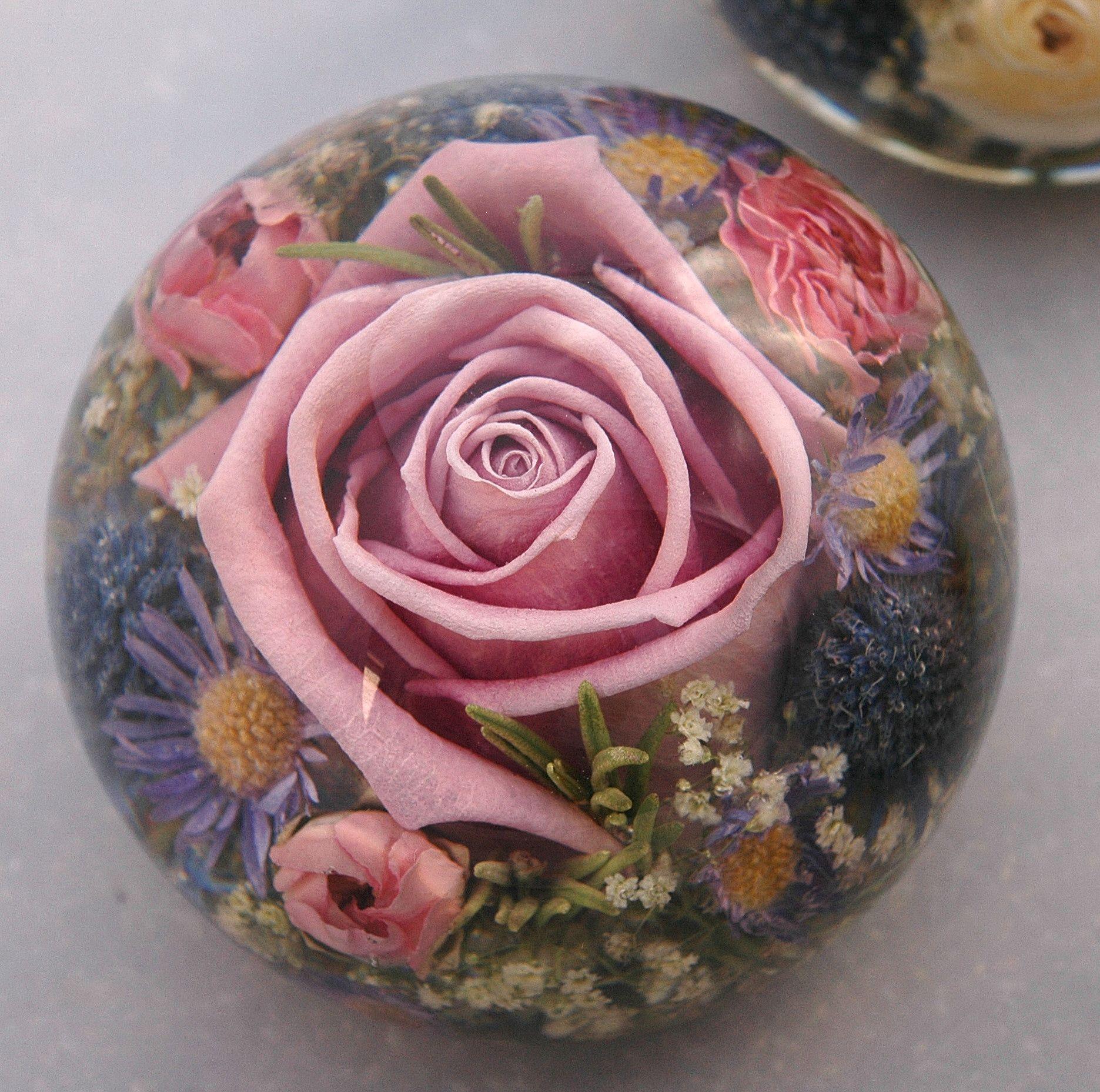 Somerton Luxury Mixed Flower Paperweight Paperweights Flower